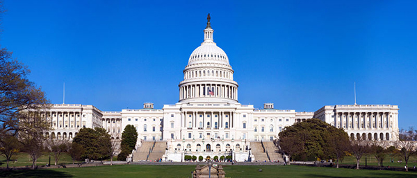 Capitol_Building_Full_View_600W
