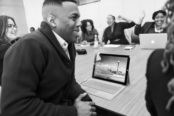 black-and-white-conference-room-digital-nomad-